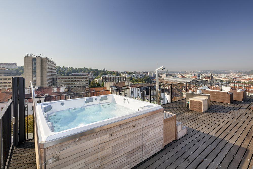 Home Spa Projekt Dachterrasse mit Columba iN