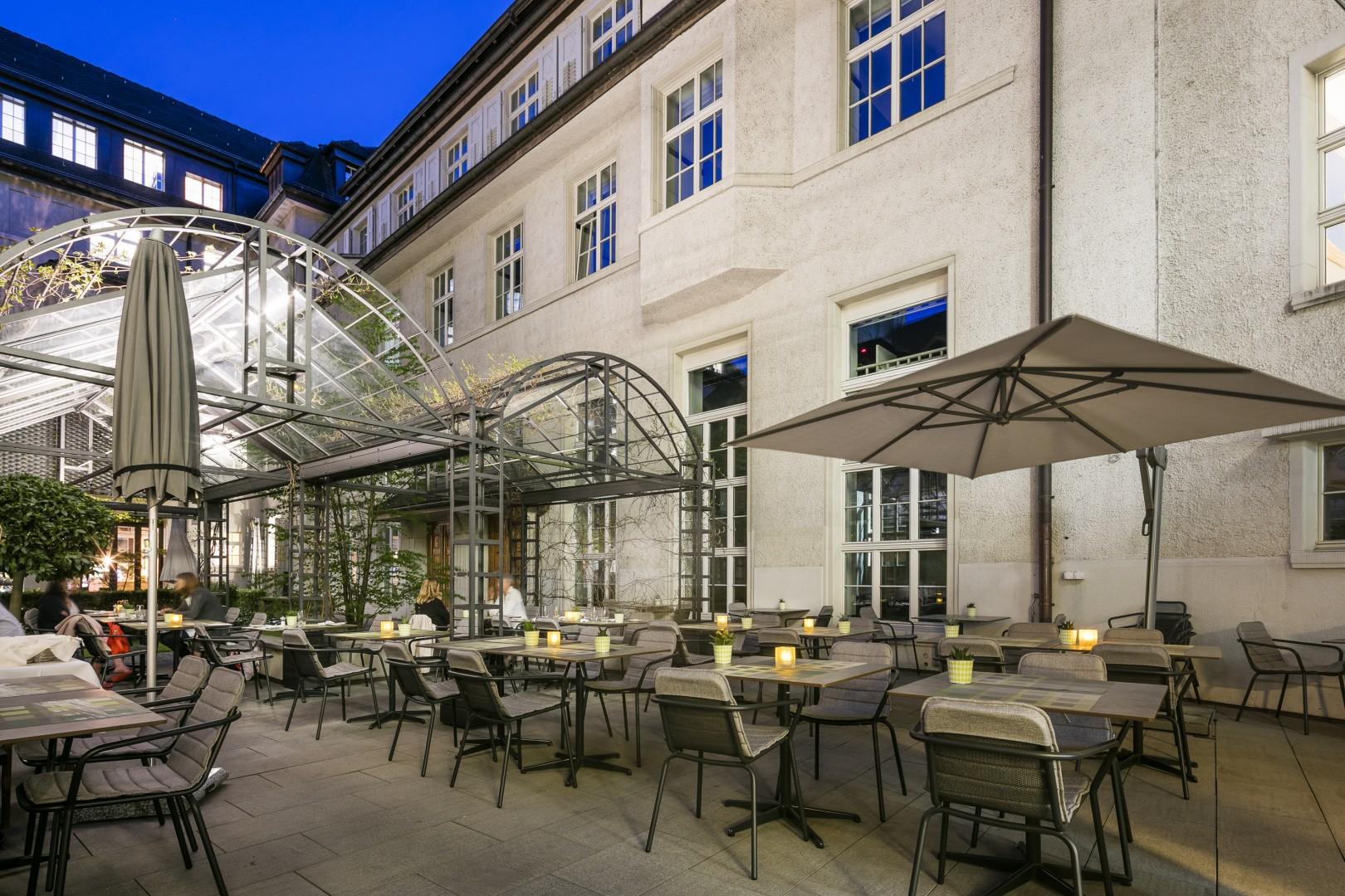 Home Spa Projekt TODUS Zürich Outdoor Esstisch
